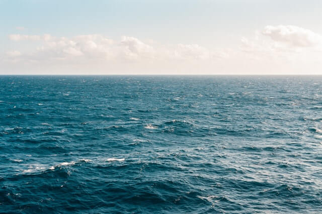 How to Deal with Thalassophobia or the Persistent Fear of the Sea?