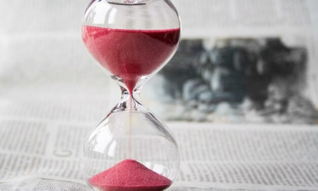 How To Deal With Chronophobia? Understanding Fear of the Passing Time